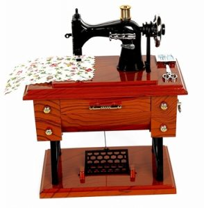 Toy World Vintage Mini Sewing Machine