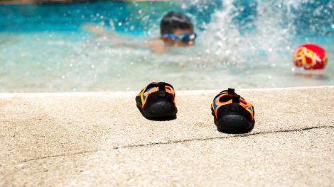The 9 Best Water Shoes For Kids & Toddlers - toddler swimming shoes